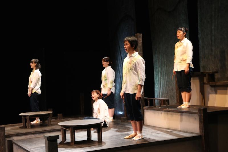 劇団こふく劇場『ただいま』 2018年宮崎公演より 撮影:税田輝彦