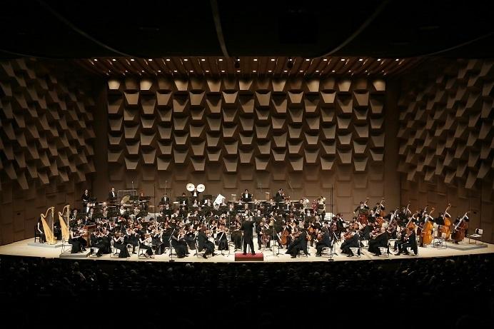 大阪フィルの迫力あるサウンドはフェスティバルホールで作られる  (c) 飯島隆