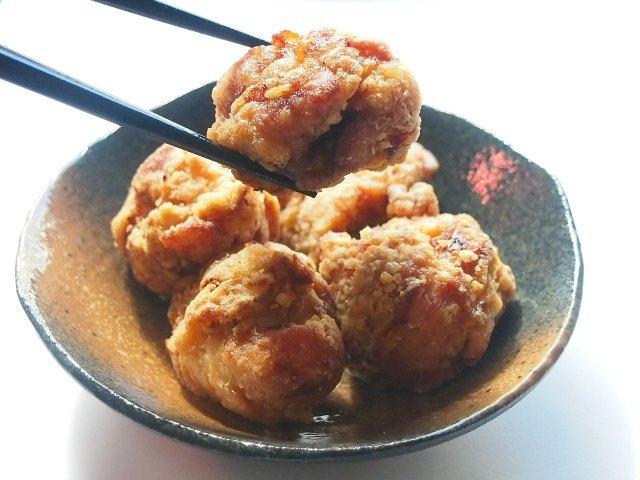 「東日本しょうゆダレ部門」で通算5度の金賞を受賞した唐揚げ渓(東京都品川区)。りんごをふんだんに使った、にんにくしょうゆベースの秘伝のタレに肉を漬け込む