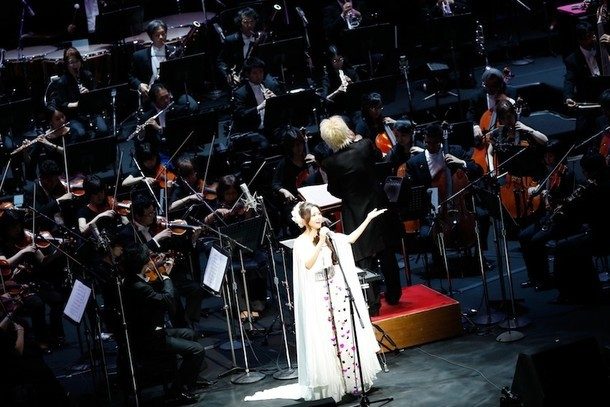 「Mai Kuraki Symphonic Live -Opus 3-」の様子。 (写真提供:ビーイング)