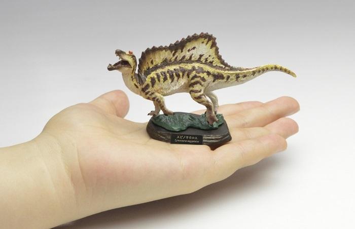 スピノサウルスのフィギュア