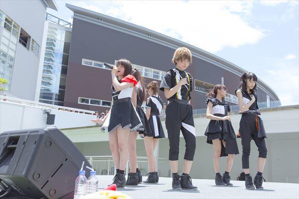 i☆Ris 「Re:Call」歌い出し Photo:KOSUKE USHIZIMA