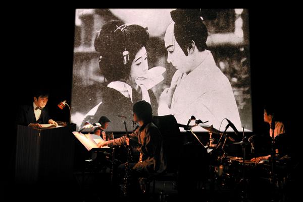 「活弁」と生演奏が名作無声映画を現代に蘇らせる『キネマと音楽の昼下がり』