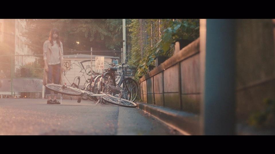 欅坂46「月曜日の朝、スカートを切られた」