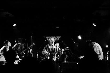 betcover!!、踊ってばかりの国2-MAN GIG、音楽に愛された2バンドによるライブが熱く儚く終了