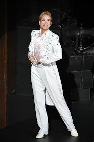 OSK日本歌劇団、桐生麻耶がトップスターラストステージ 新橋演舞場公演『レビュー春のおどり』が千穐楽