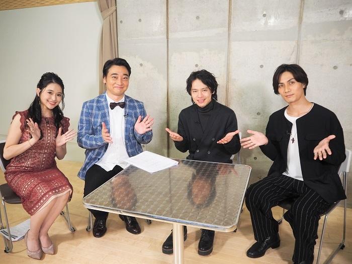(左から)小南満佑子 斉藤慎二(ジャングルポケット 中川晃教 加藤和樹