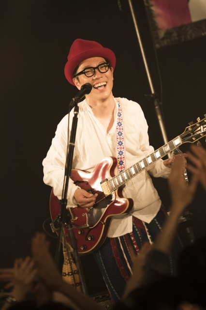 ハナレグミ『名前のないツアー』ファイナル 横浜BAY HALL 撮影=田中聖太郎