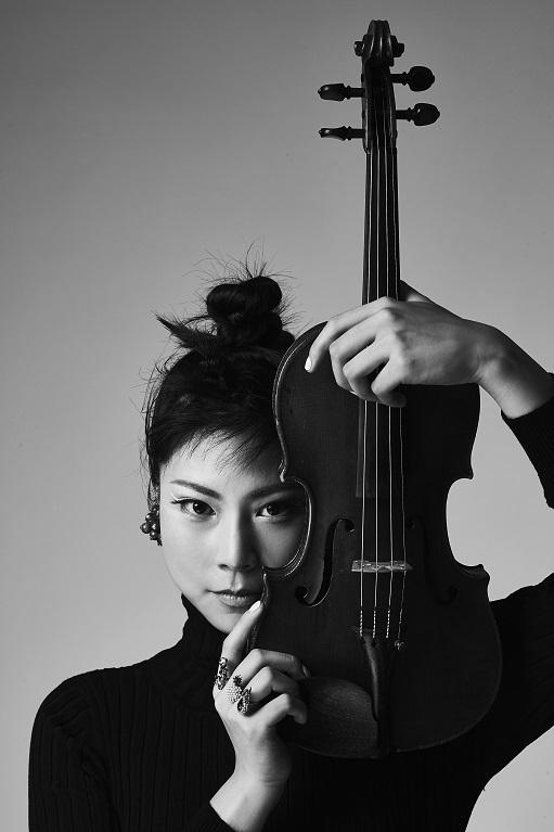 「住友生命いずみホールシリーズVOl.51」石上真由子(ヴァイオリン)  ©︎Masatoshi Yamashiro