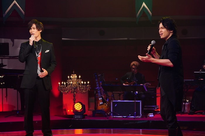 (左から)加藤和樹、中川晃教