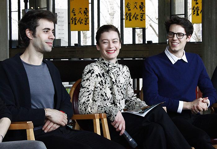 デュポン芸術監督(中央)とエイマン(左)、ルーヴェ(右) 撮影:西原朋未