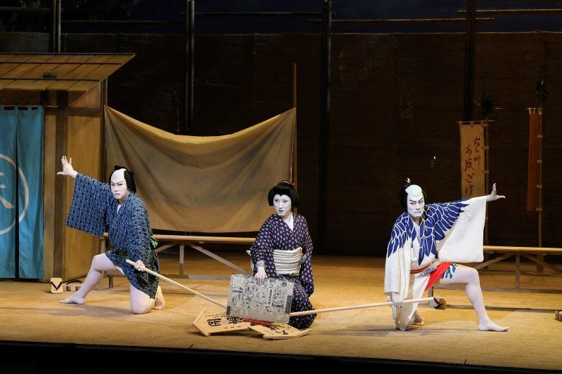 (左より)松也、七之助、勘九郎  /(C)松竹