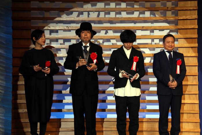 優秀演出家賞(上田久美子、ケラリーノ・サンドロヴィッチ、藤田貴大、ラサール石井)