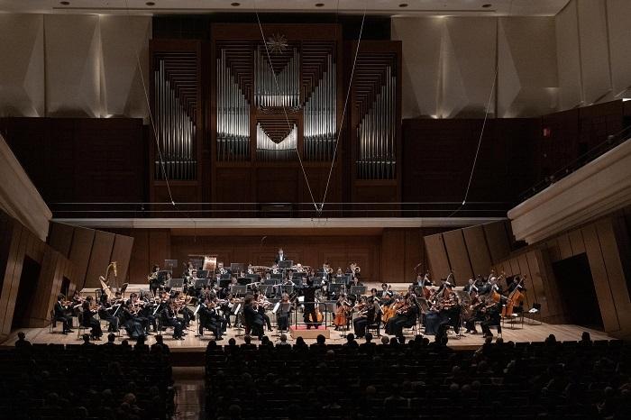 新日本フィルハーモニー交響楽団 (C)堀田力丸