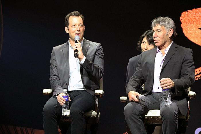 (左から)ジョン・タータグリア、スティーヴン・シュワルツ (撮影:安藤光夫)