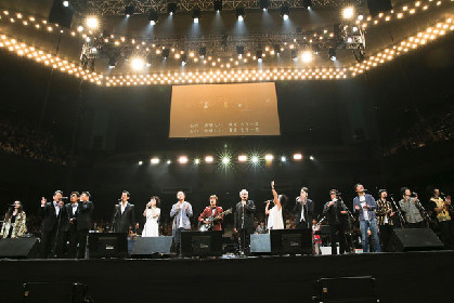 武道館で小田和正、フミヤ、ウルフルズ、Superflyらが夢の共演