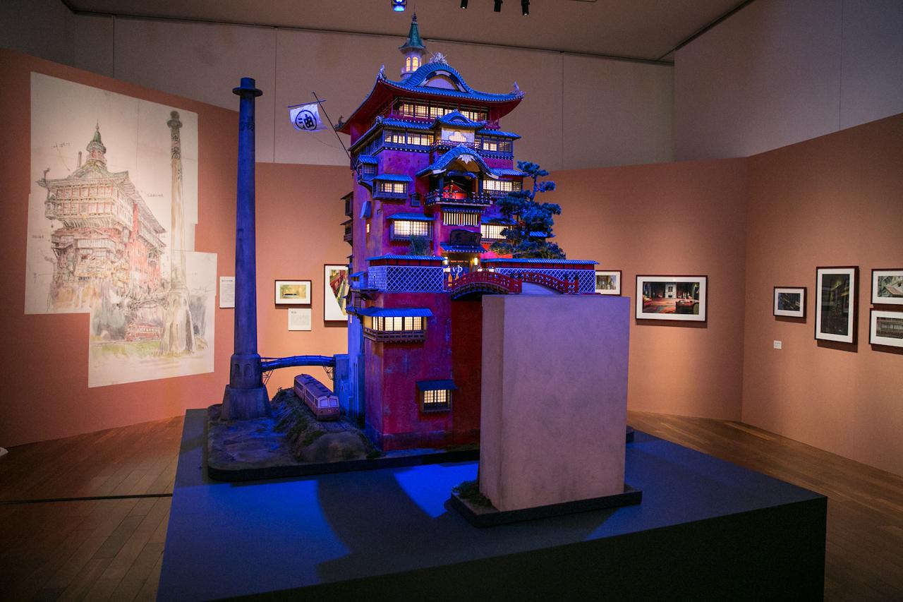 油屋 模型(千と千尋の神隠し) (C)2001 Studio Ghibli・NDDTM