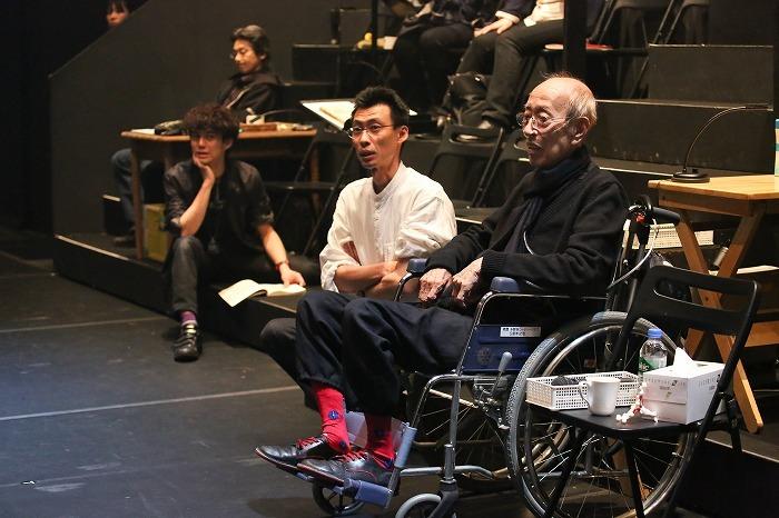 さいたまネクスト・シアター第6回公演『リチャード二世』稽古場にて(2015年3月撮影) 撮影:宮川舞子