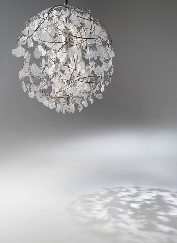 「時の花」2018年 ガラス、ステンレス、LED電球