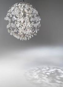 ポーラ ミュージアム アネックスで、ガラス作家・イイノナホの展覧会『時の花 -イイノナホ展-』