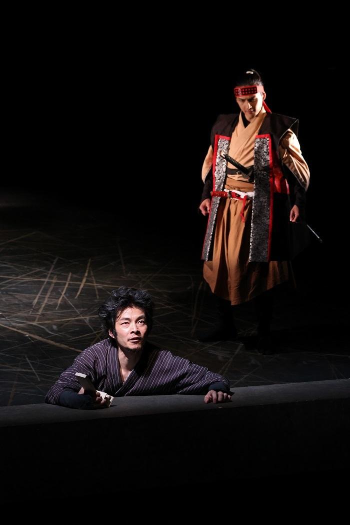 (左から)伊達 暁、小泉将臣  撮影:宮川舞子