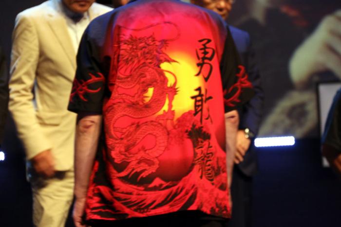 本日の古田のシャツはこんなデザインでした!