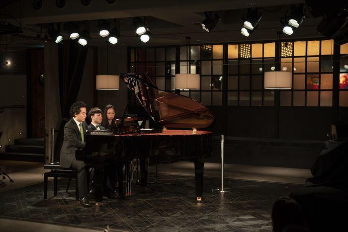 (左から)鈴木隆太郎、マシュー・ロー