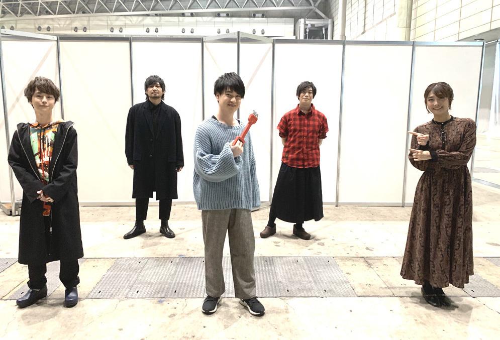 ▲前列左から)河西さん、小林さん、沼倉さん  後列左から)中村さん、古川さん