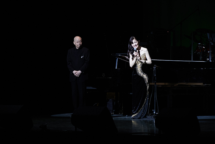 (左から)島健、島田歌穂