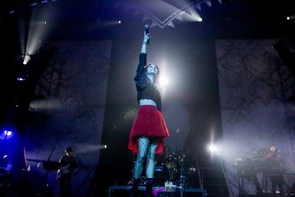 LiSA約1年ぶりの全国ホールツアー初日レポートが到着! 新曲『ADAMAS』初披露&全国Zeppツアー開催を発表