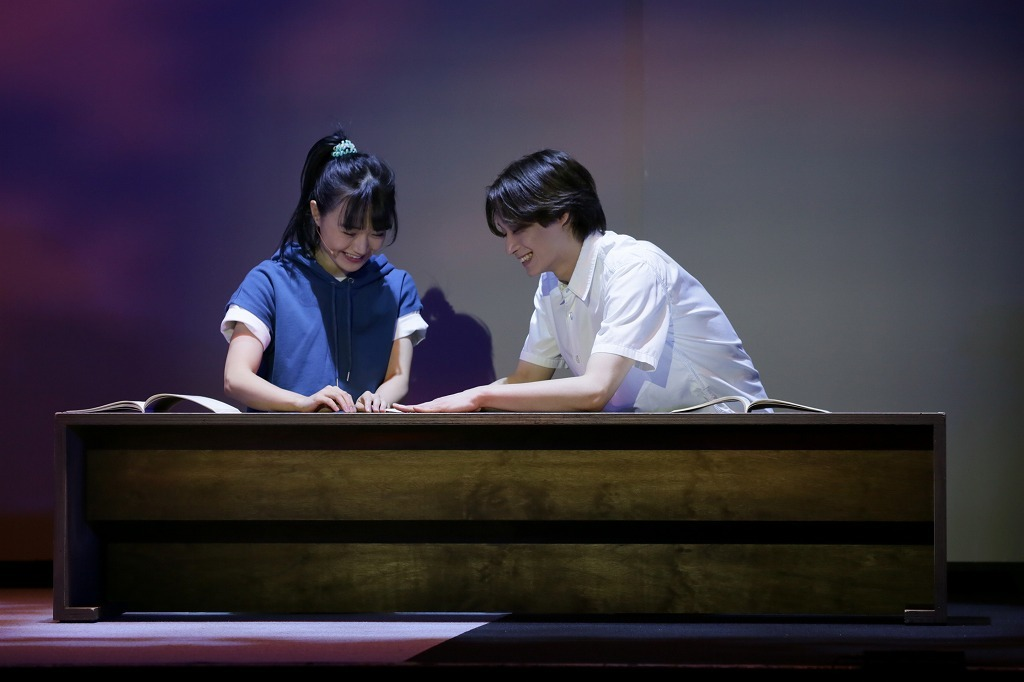 (左から)尾崎由香、前山剛久 撮影:阿久津知宏