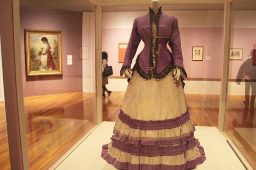 (中央)シャルル・フレデリック・ウォルト ウォルト社のためのデザイン ドレス(5つのパーツからなる) フランス、1870年頃