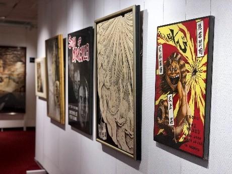 高校生時代に描いた、漫画、デッサン、イラストも公開