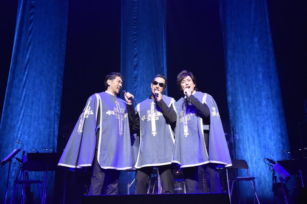 cube三銃士「Mon STARS Concert」(2015年) 撮影:江熊麗志