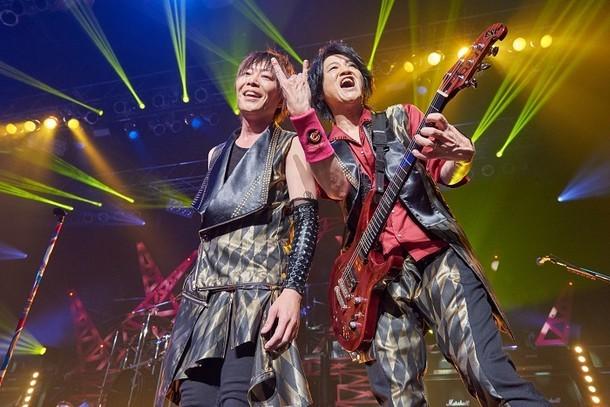 GRANRODEO「GRANRODEO LIVE TOUR 2016 TREASURE CANDY」愛知・Zepp Nagoya公演の様子。(撮影:新澤和久)