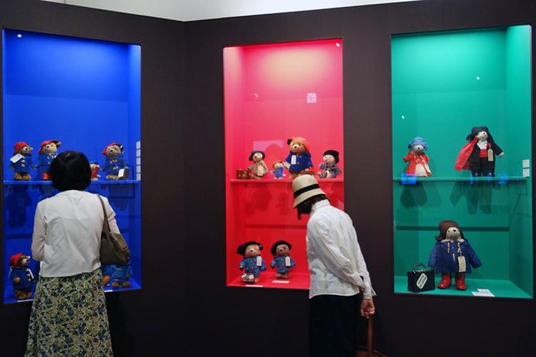 『生誕60周年記念 くまのパディントン™展』  2018年4月28日(土)~6月25日(月)Bunkamura ザ・ミュージアム