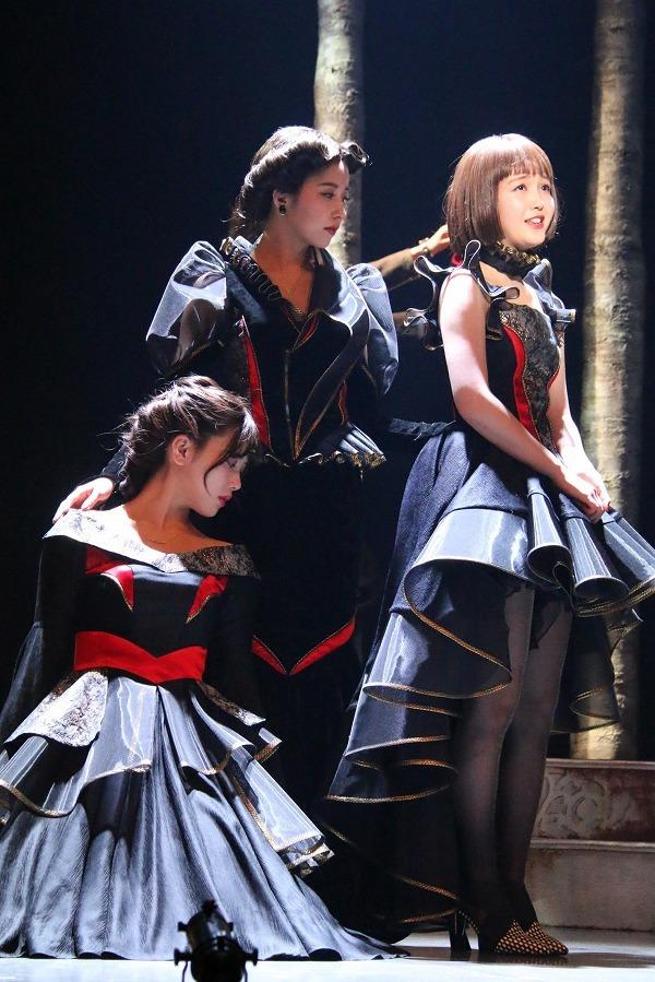舞台「三姉妹」