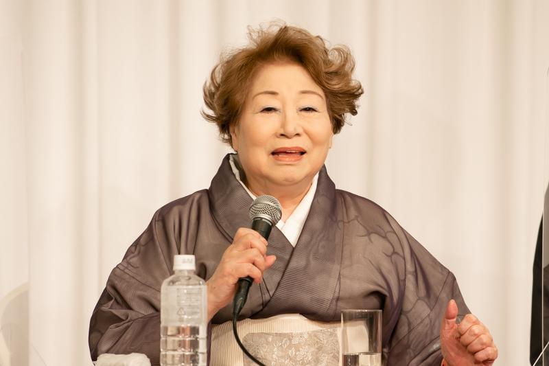 水谷八重子。昭和30年に水谷良重の名で初舞台。父は歌舞伎俳優の十四世守田勘弥、母は新派の名優、初代水谷八重子。