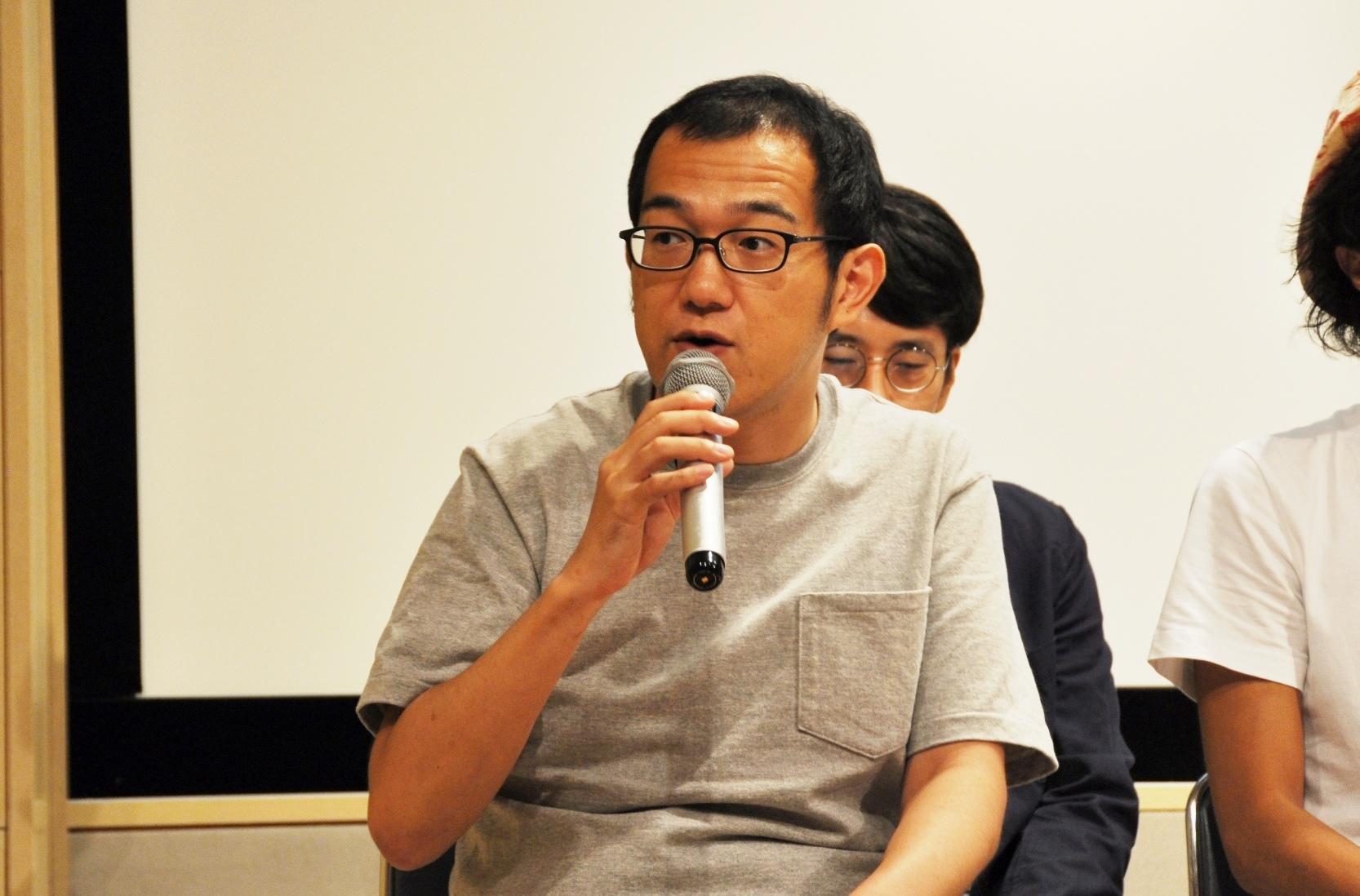 「テクノロジーにワタワタする、悲喜こもごもの人間模様が描かれるのも見どころ」と語る上田誠