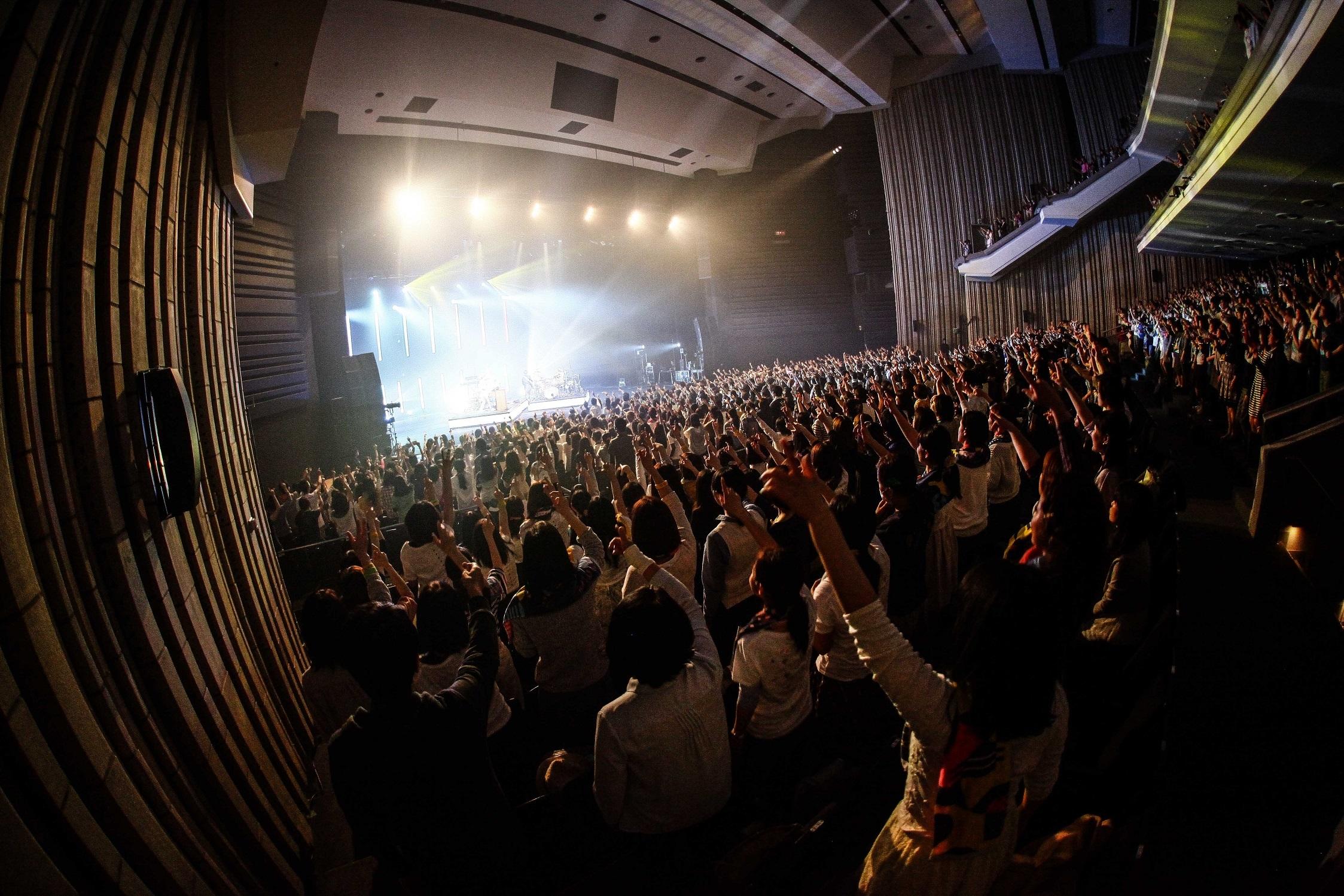 WEAVER Photo by KAZUKI WATANABE