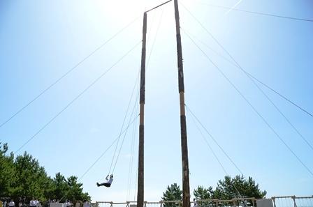 日本一高い木のブランコは大人も楽しめる