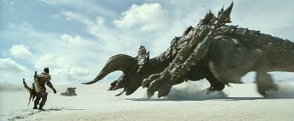 実写映画『モンスターハンター』ミラ・ジョヴォヴィッチとトニー・ジャーがディアブロス亜種に挑む!本編映像を一部解禁