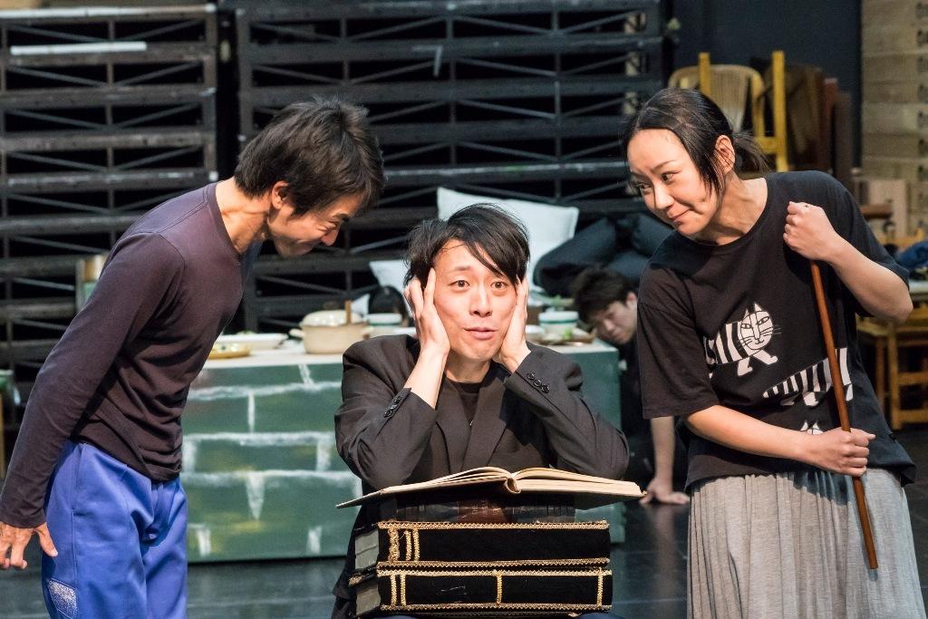 円・こどもステージ『はだかナおうさま』(國吉咲貴作、後藤彩乃演出)の稽古風景