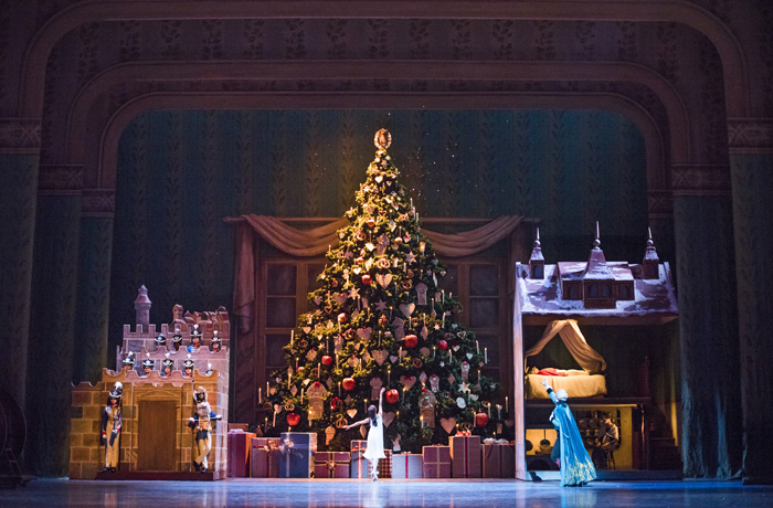 Artists of The Royal Ballet in The Nutcracker  © 2015 ROH. Photograph by Tristram Kenton
