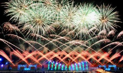 ゆったりと有料観覧席で楽しめる東北&北海道の夏を彩る花火大会まとめ