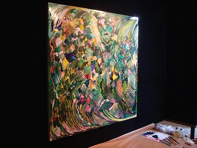 植物を抽象的に描いた新作のひとつ《Mirror green garden or carpet》