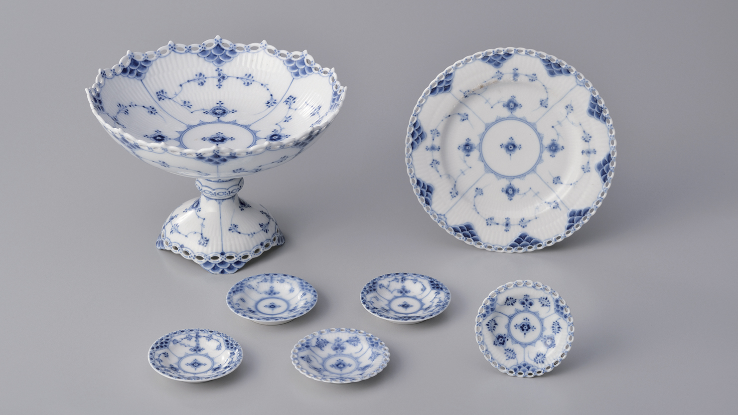 コンポート、皿、バターパット〈ブルーフルーテッド〉 ロイヤル コペンハーゲン 塩川コレクション