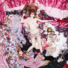 大森靖子の新曲「堕教師」に橋本愛が歌唱参加、「大森さんはいつも、私の夢を叶えてくれる人」