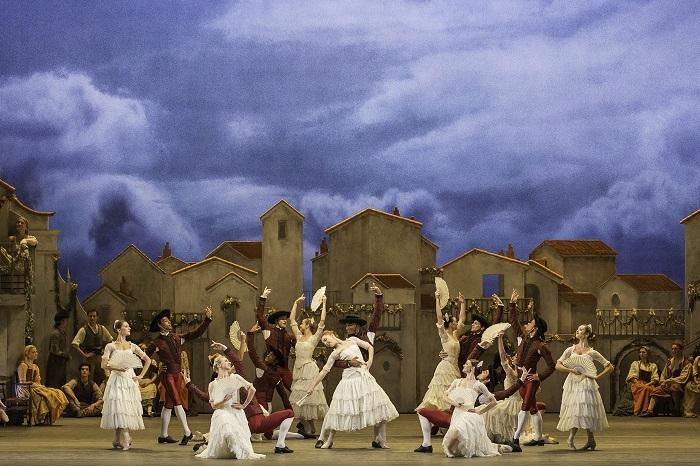 ドン・キホーテ DON QUIXOTE. Artists of The Royal Ballet in Don Quixote  (c) ROH Johan Persson (2013)