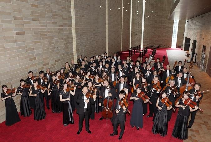 創立70周年を迎える大阪フィルハーモニー交響楽団のメンバー (C)飯島隆
